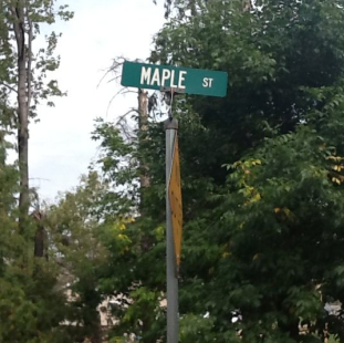 maple st sign